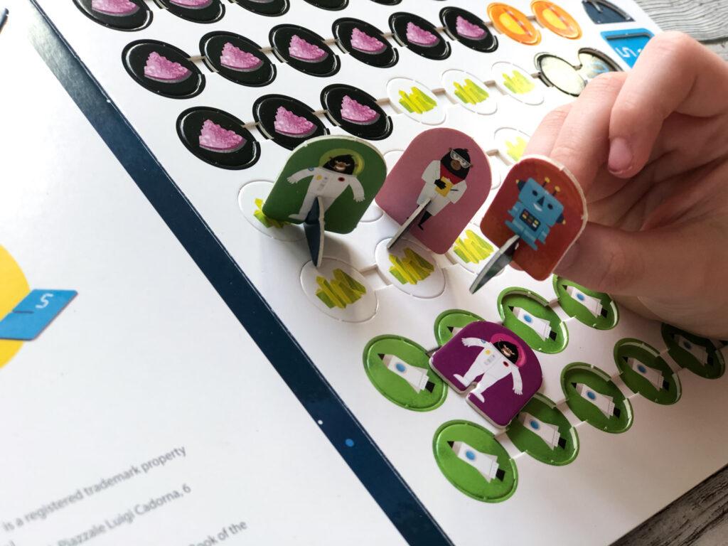 Учиться с удовольствием - Большая книга умных игр для развития мозга 4